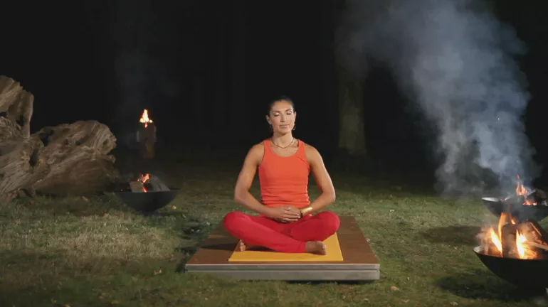 Kapalabhati yoga pose for better digestion